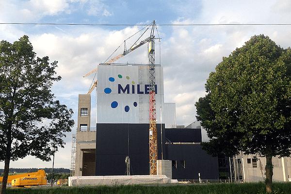 3_milei_branding